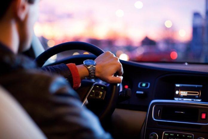 conductores jóvenes